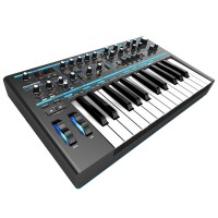 Photo NOVATION BASS STATION II