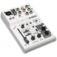 Photo YAMAHA AG03 TABLE DE MIXAGE USB