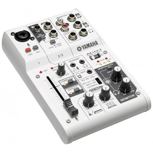 Yamaha ag03 table de mixage usb achat table de mixage for Table de mixage yamaha 6 pistes