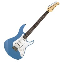 Photo YAMAHA PACIFICA 112 LAKE PLACID BLUE