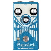 Photo EARTHQUAKER DEVICES - AQUEDUCT