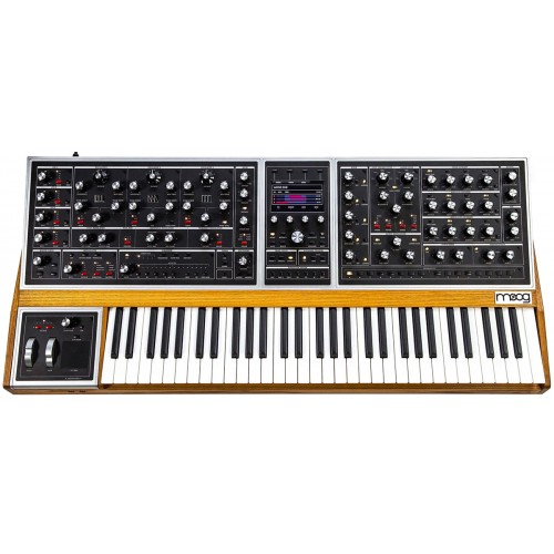 Photo MOOG ONE 8 VOIX