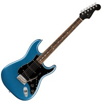 Photo FENDER AMERICAN PROFESSIONAL STRATOCASTER LAKE PLACID BLUE EDITION LIMITÉE