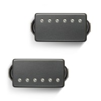 Photo BARE KNUCKLE VHII HUMBUCKER SET BLACK COVER